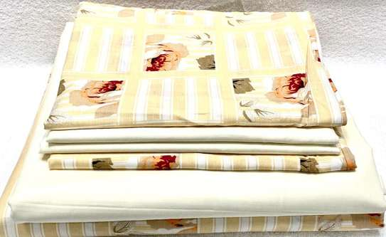 bed sheets 6 by 6 cream white image 1
