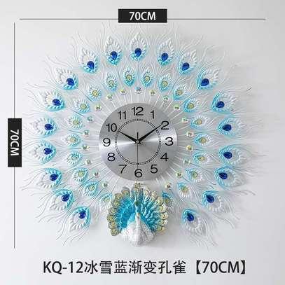 Head wall clock image 1