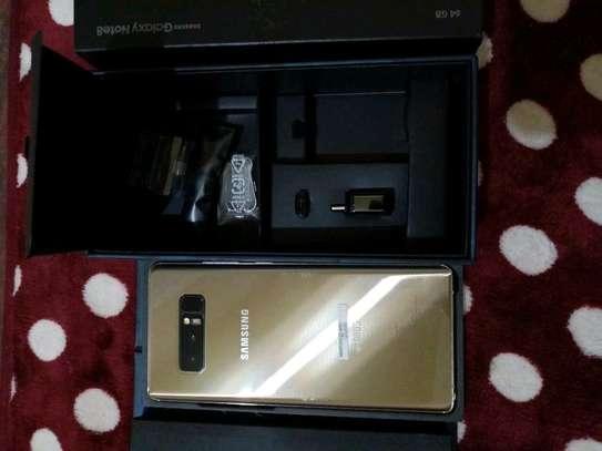 Samsung Galaxy Note 8 Gold 256 Gigabytes & Galaxy Buds image 1