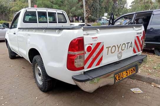 Toyota Hilux 2.5 image 6