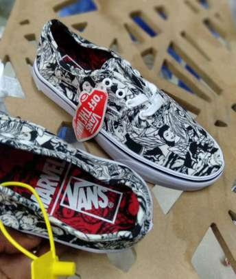 Tribal VANS | Anime prints | Floral prints