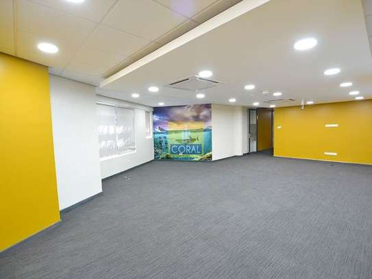 3670 ft² office for rent in Westlands Area image 6