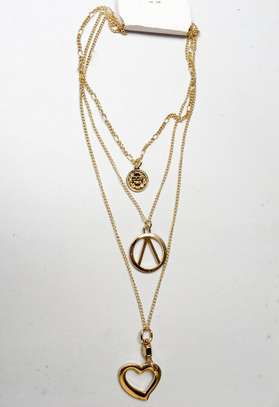 Necklace gold three in one layer chain
