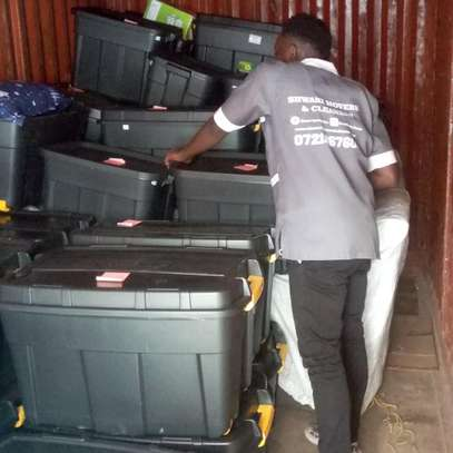 hassle free movers image 1