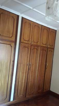 4 bedroom house for sale in Nyari image 10