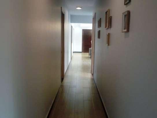 Valley Arcade - Flat & Apartment image 7