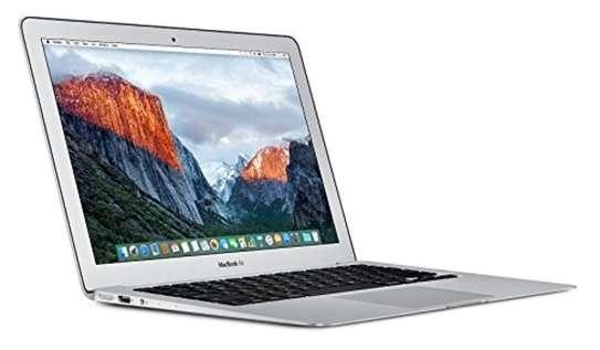 Apple MacBook Air core i5 8GB 128GB image 3