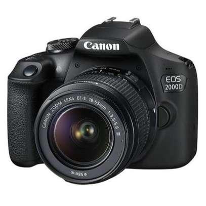 DSLR canon 2000d image 1