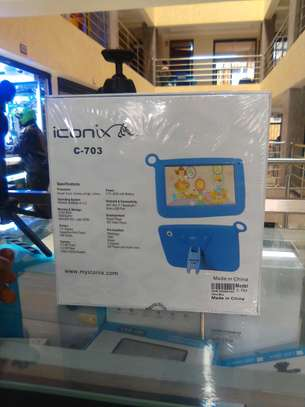 Iconix c-703 kids learning tablet image 3
