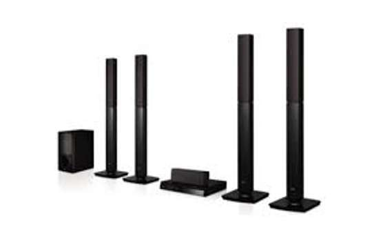Brand new LHD 657 DVD home theatre system image 1