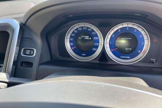 Volvo XC60 image 13