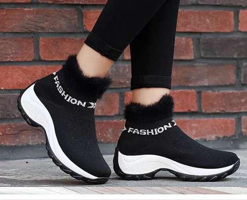 Fashionable ladies sneakers image 2
