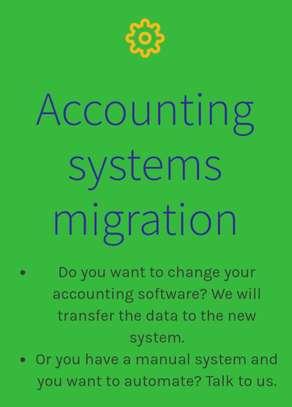 Accountant image 3