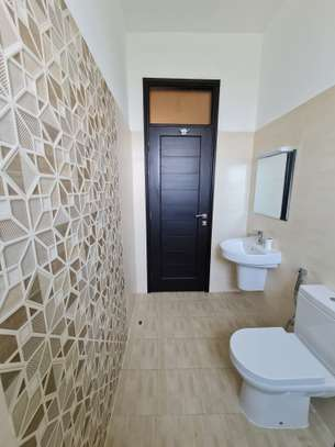 3 bedroom apartment for rent in Nyali Area image 19