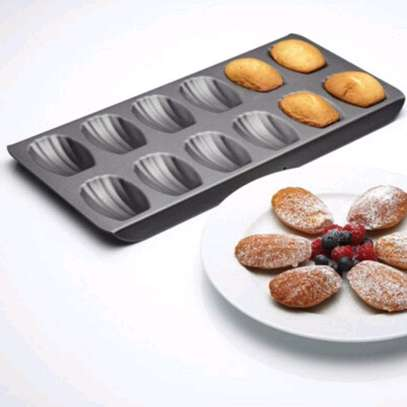 12 Slots Cookies Non Stick Baking Tray image 2
