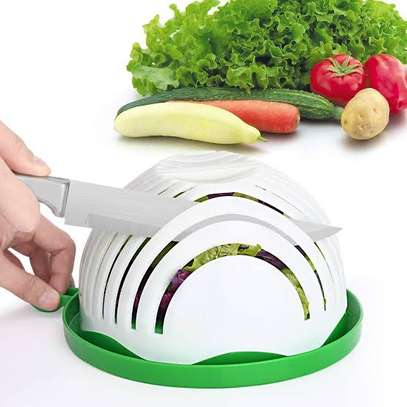 Salad cutter bowl image 1