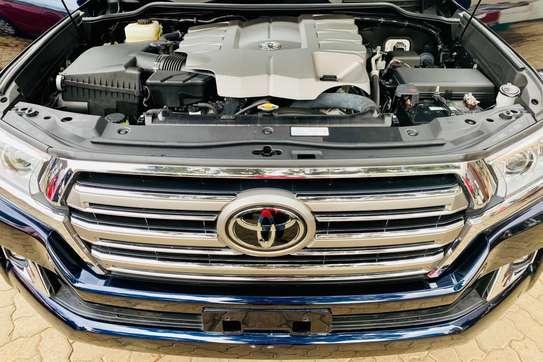 Toyota Land Cruiser 202 ZX 4.6 image 13