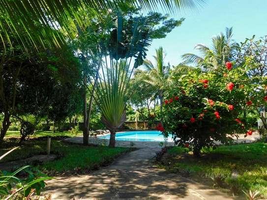 Furnished 4 bedroom villa for rent in Diani image 11