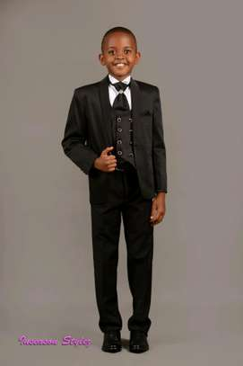 Boys outfit image 1