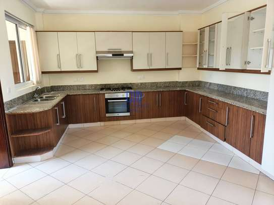 3 bedroom apartment for rent in Brookside image 2