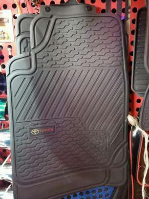 Brand new car floor mats both rubber and woolen for all models image 11