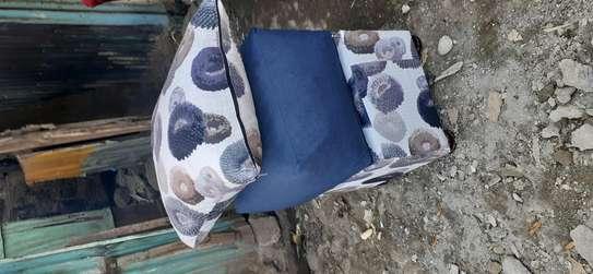 Puffs/poufs/footrest image 5