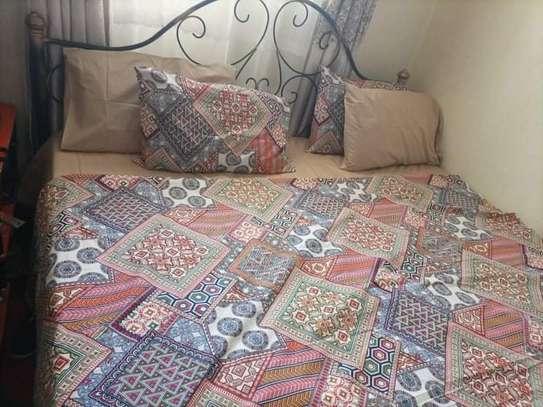 Bedsheets image 10