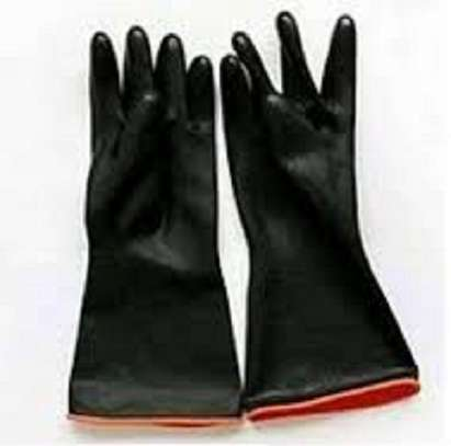 HEAVY DUTY CHEMICAL RESISTANT GLOVES image 2