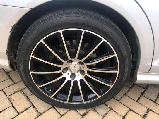 Mercedes S-class image 12