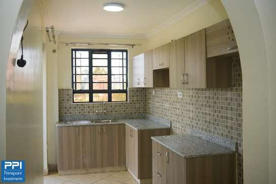 Executive 2 Bedroom Apartment To Let in Ruaka At 33K image 7
