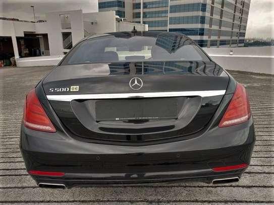 Mercedes Benz - S-Class image 12
