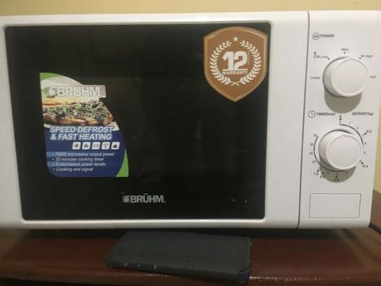Bruhm BMO720 - Microwave Oven Solo - 700W - 20 Litres image 2
