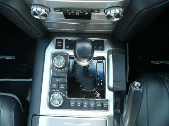 Land Cruiser ZX V8 G Frontier 2017 image 7