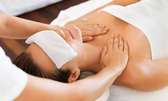Body Massage and Scrubbing image 4