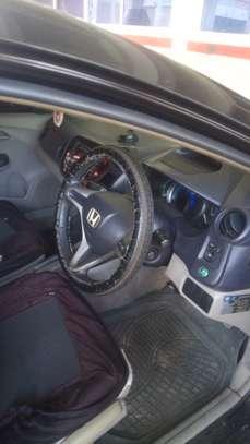 Honda Insight. Hybrid ..2010.