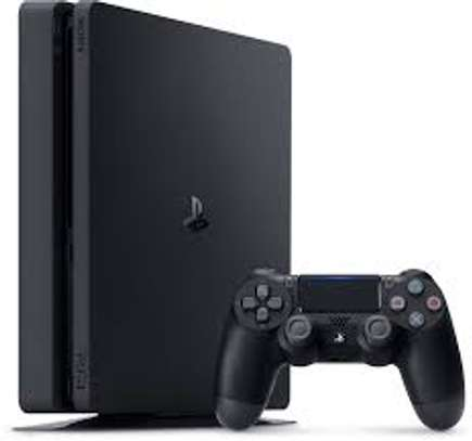 Sony Play Station 4 with free FIFA 19 image 1