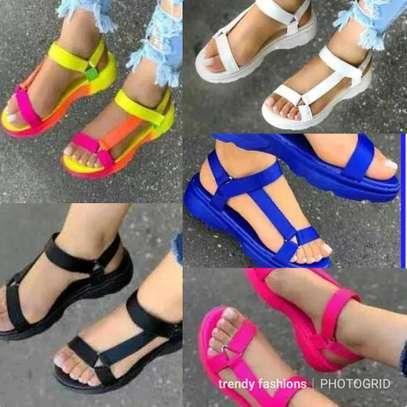 Fashionable opens image 2