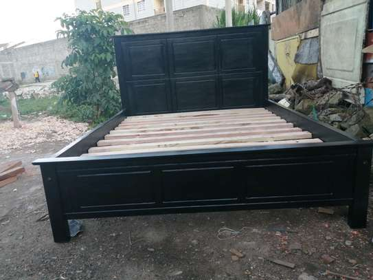 5 by 6 Mahogany bed black.. image 4