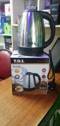 Electric water kettle 2L image 1