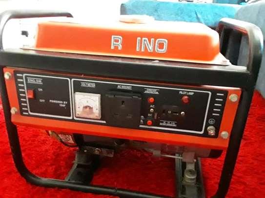 Rhino generator 2.5 kva image 1
