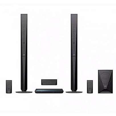Sony DZ650 home theater system image 2