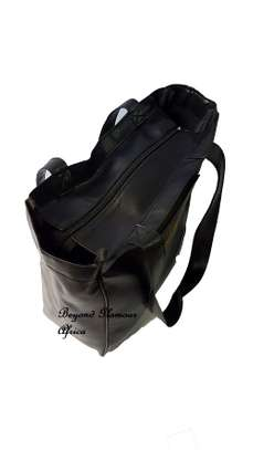 Ladies Black Leather Handbag image 2