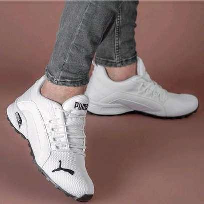 Puma sneakers image 1