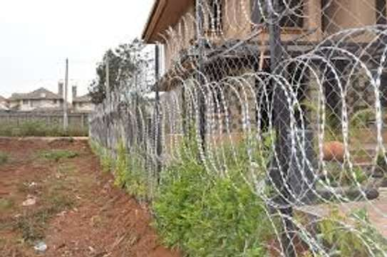 Electric fence for home security and Business image 4