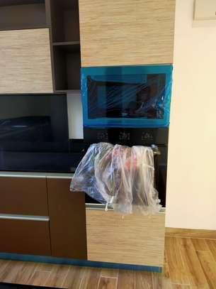 Furnished 3 bedroom apartment for rent in Riverside image 13