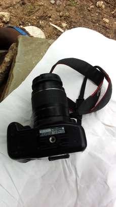 1300d DSLR camera with kit lens image 3