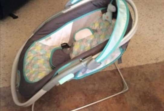 Baby InGenuity 2in1 InReach Mobile convertible lounger & bouncer with wheels & MP3 image 8