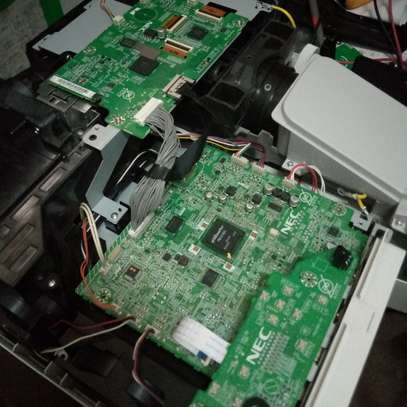 We do Projector & Laptop Repairs & Servicing at affordable cost image 2