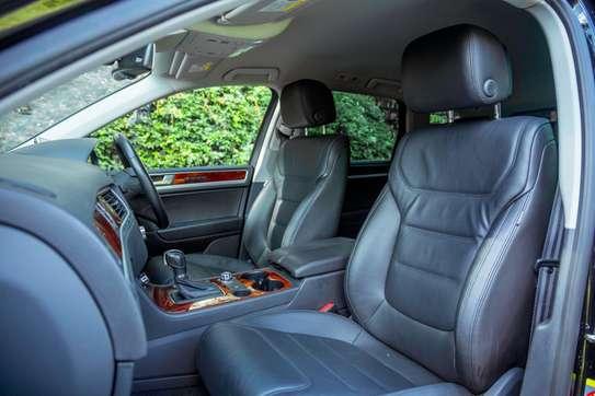 Volkswagen Touareg image 10