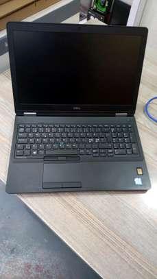 Dell Latitude E5570 image 6
